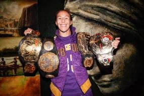 MMA: Cyborg vence na estreia no Bellator